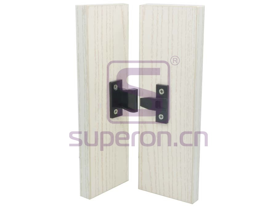 10-481-x1 | Plastic connector on corner
