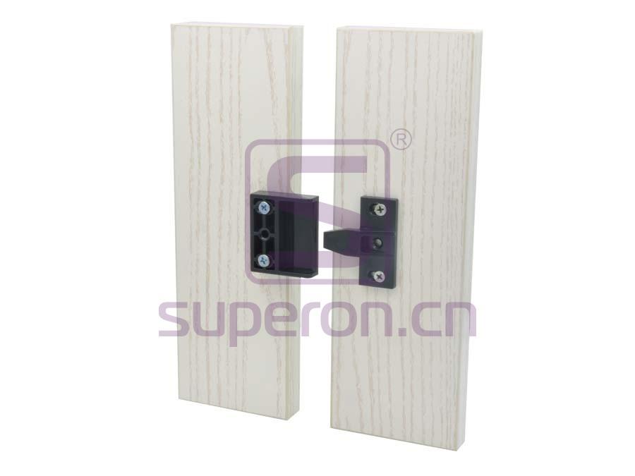 10-483-x1 | Plastic connector on corner