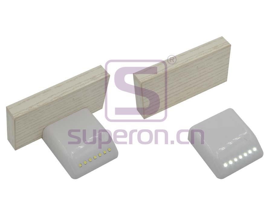 14-131-working | Inner lighting with sensor